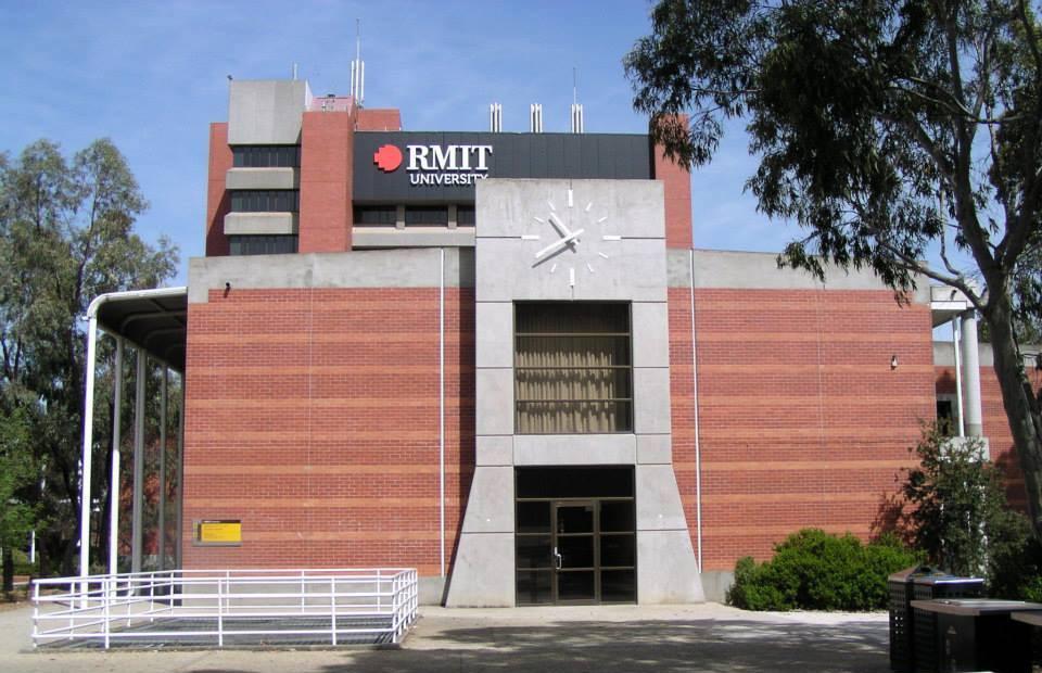 RMIT - Facade Clock