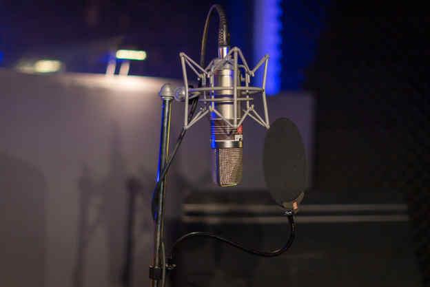 Vocal mics - sound studios Melbourne
