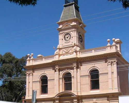 Yea Town Hall - Tower Clock