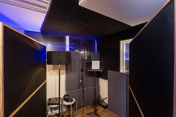 Voice Over recording studio Melbourne.jpeg