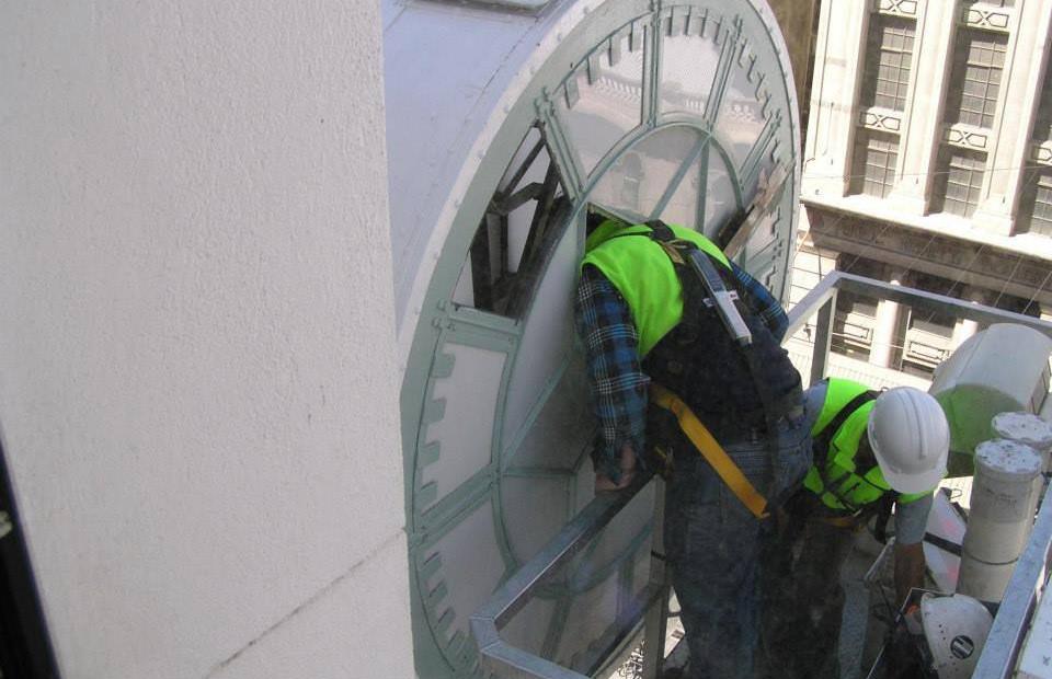 Myers Bourke St - Drum Clock