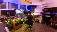 Ben Hense mixing at Beat Tank