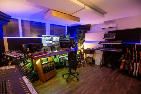 Beat Tank Recording Studio Melbourne - mixing room.jpg