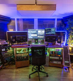 Remote Mixing services at Beat Tank studio in Melbourne.