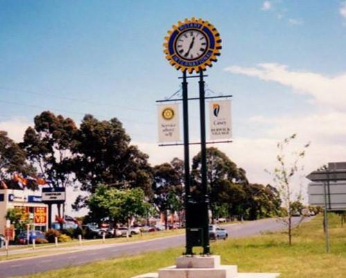 Rotary Club  Berwick Victoria - Pole Clock
