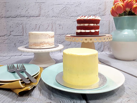 Wedding cake consultation at Laura's Kitchen Cakery
