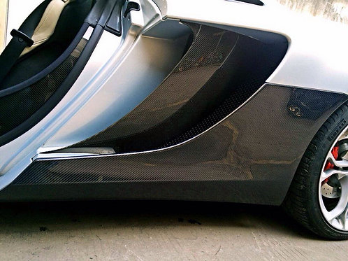 MP4-12c Carbon Fibre 2-Piece OEM Style Outer Side Skirts And Inner Scoop Blade.