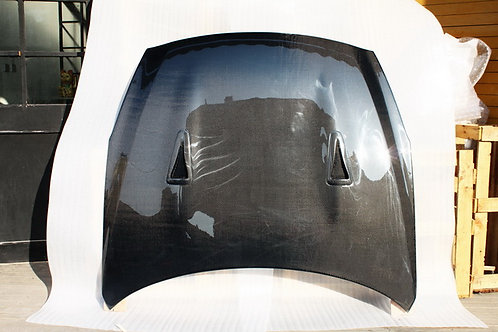 R35 GTR Carbon Fibre OEM Style Vented Front Bonnet Hood.