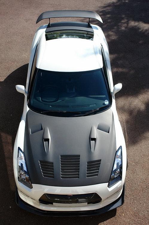 R35 GTR Carbon Fibre GTII Super Aggressive Scooped and Vented Front Bonnet Hood.