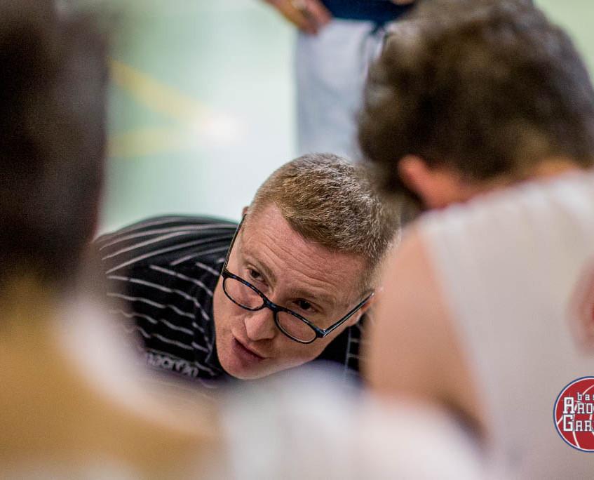 Il coach durante un time-out