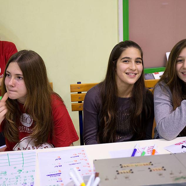 Le ragazze del tavolo