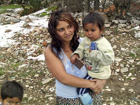 1 Bulgarie, une maman heureuse(1).jpg