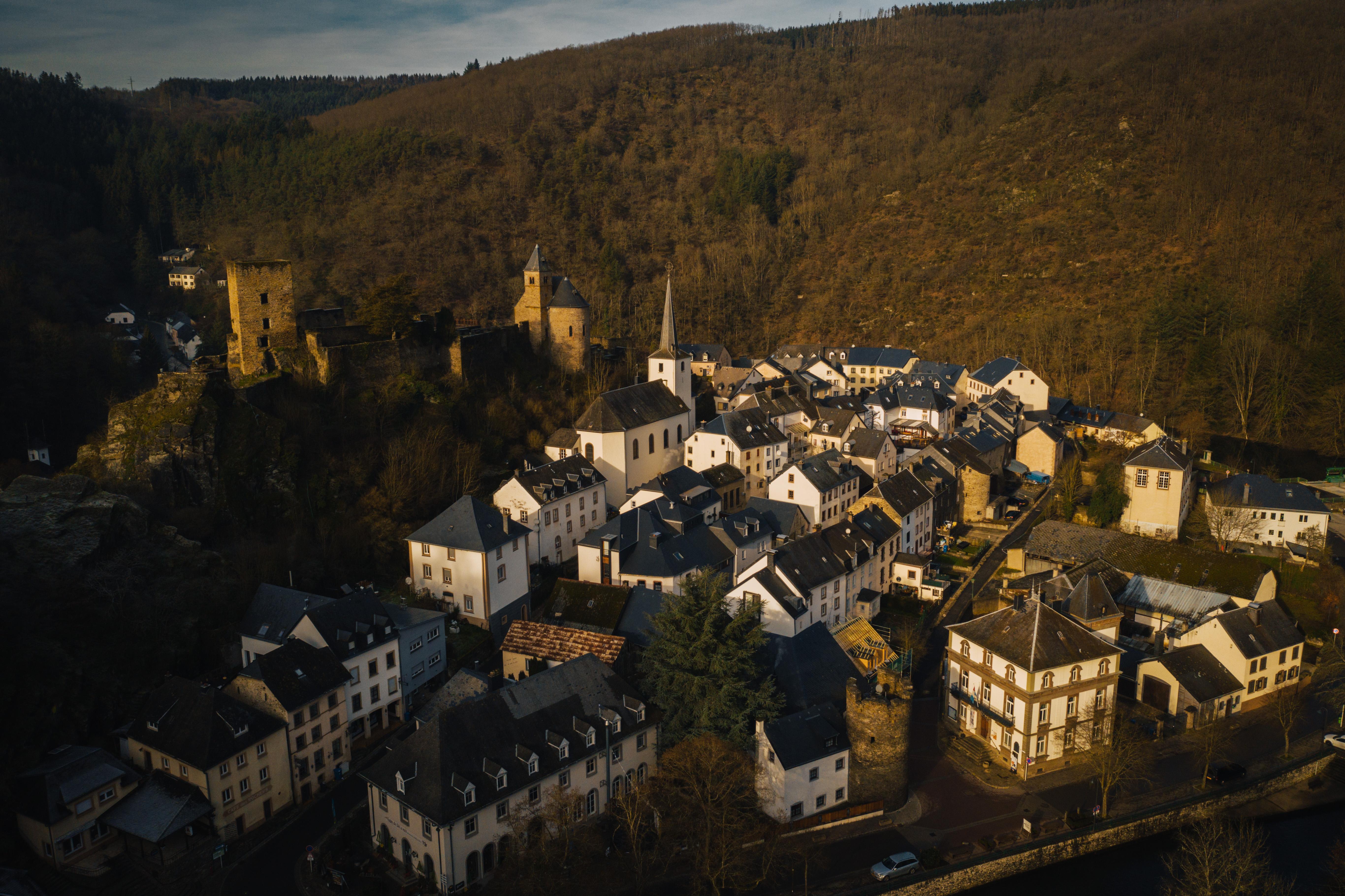 Luxembourg/Esche Sur Sure