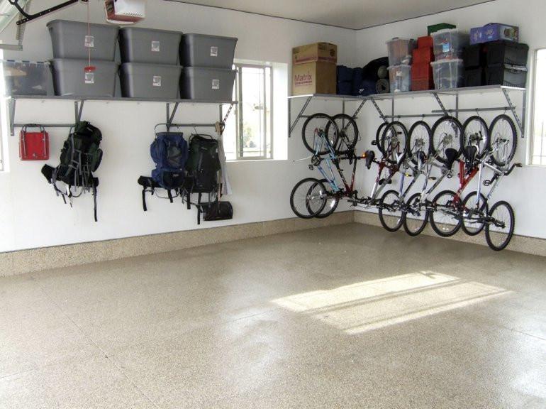 Niiiiccce.  Not my garage.