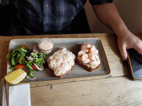 dock-1-seafood-bar-restaurant-3