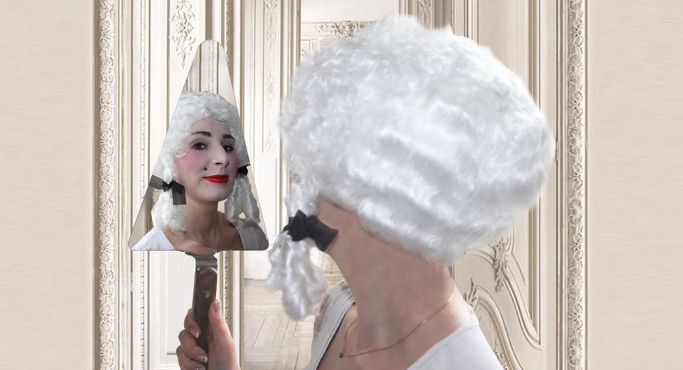 Le miroir truelle Le Design Français