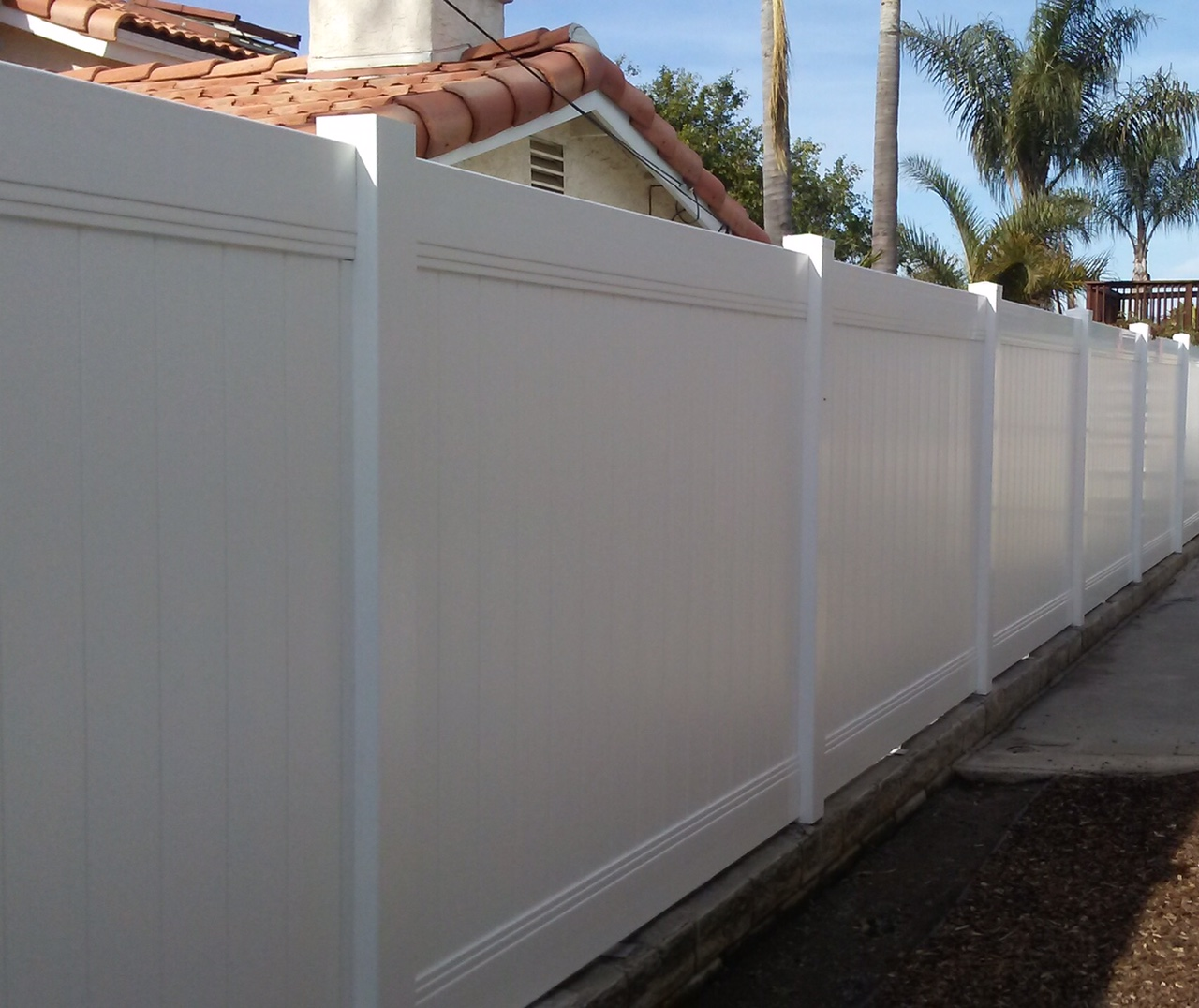 6' White Viny Privacy