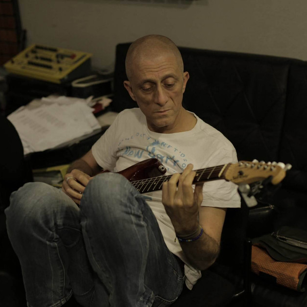 הקלטת גיטרות - אבי סינגולדה