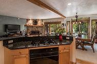 Kitchen_1800x1200_2415411.jpg