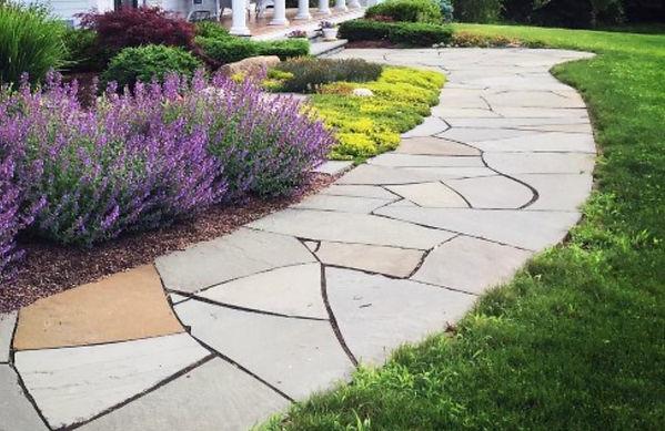 natural-stone-front-yard-walkway-ideas_e