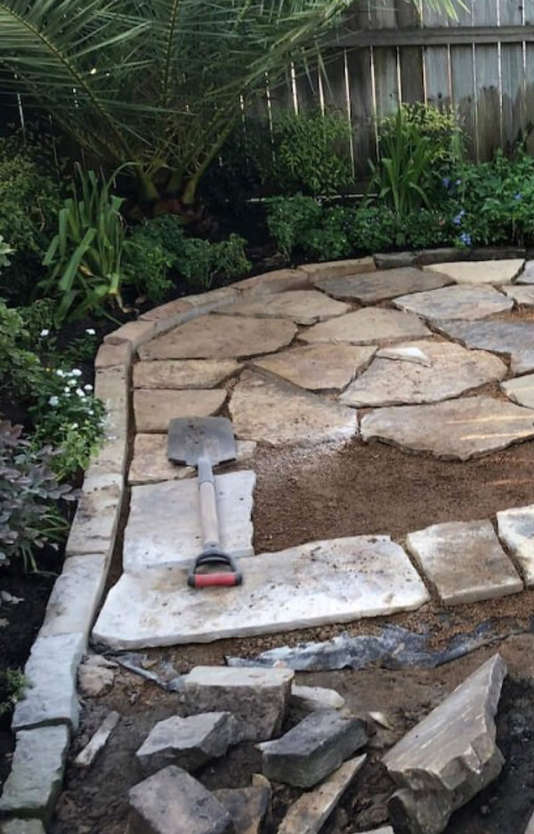 backyard-landscaping-pavers-patio-800x80