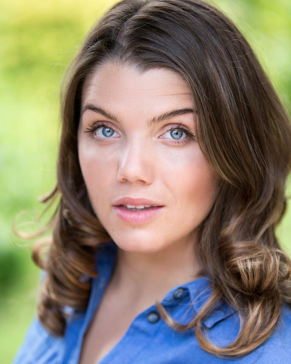 Sarah Dungworth | Actors Headshots