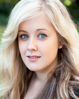 Louise Shanahan | Actors Headshots