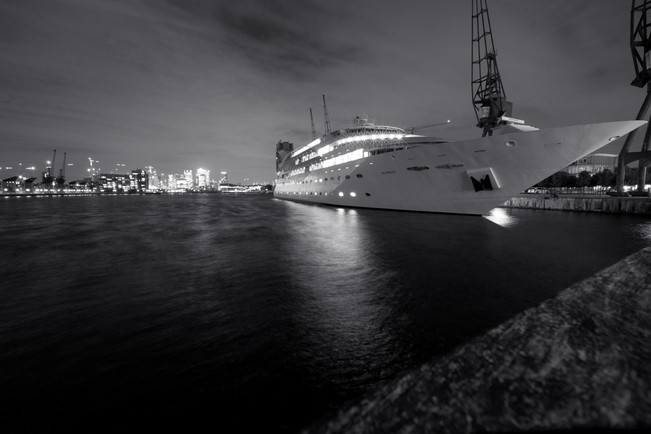 ILS | Black and White Yacht | Events Photography