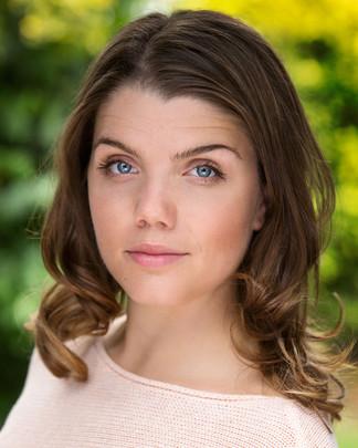 Sarah Dungworth | Actors Headshot