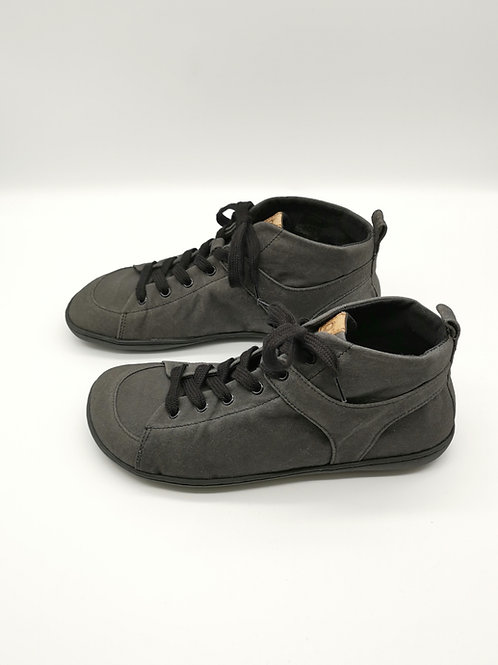 Mukishoes Obsidian high