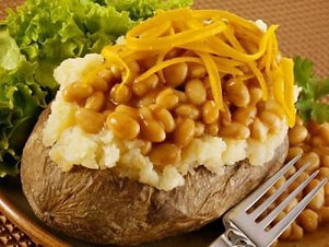 21fcf910bd45f87685bce0c68b1b4e8e--potato-spuds-baked-potatoes.jpg