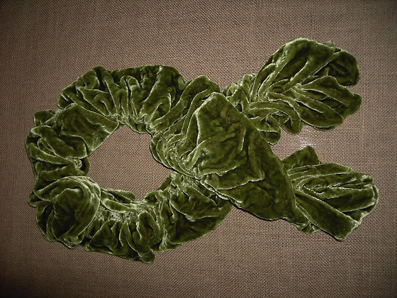 RUFFLE SCARF ( green )
