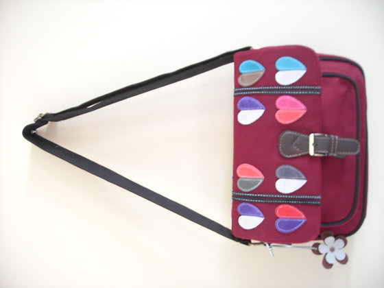 SMALL SATCHEL ( red/heart )