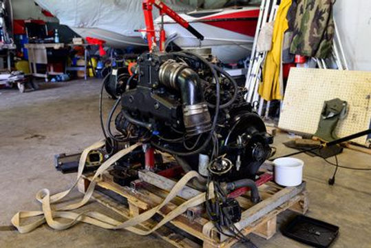 Wir liefern neue un gebrauchte MerCruiser Motoren