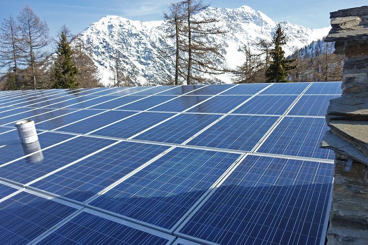 Fotovoltaico La Thuile.jpg