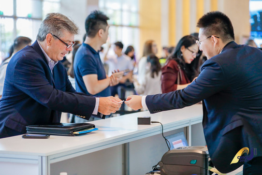 Don Registering for CBIIC 2019 Suzhou, China