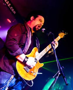 Joe_guitarguy.jpg
