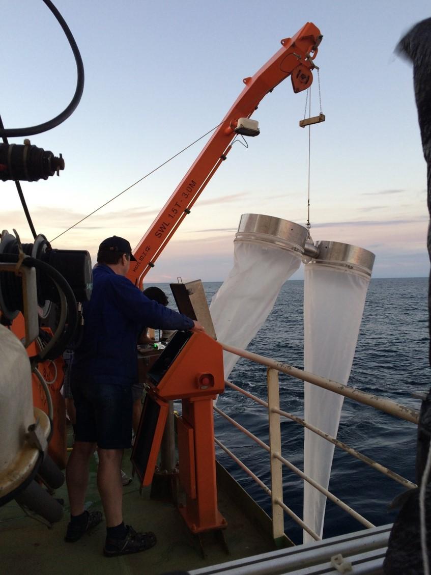 Bongo nets for microplastic sampling