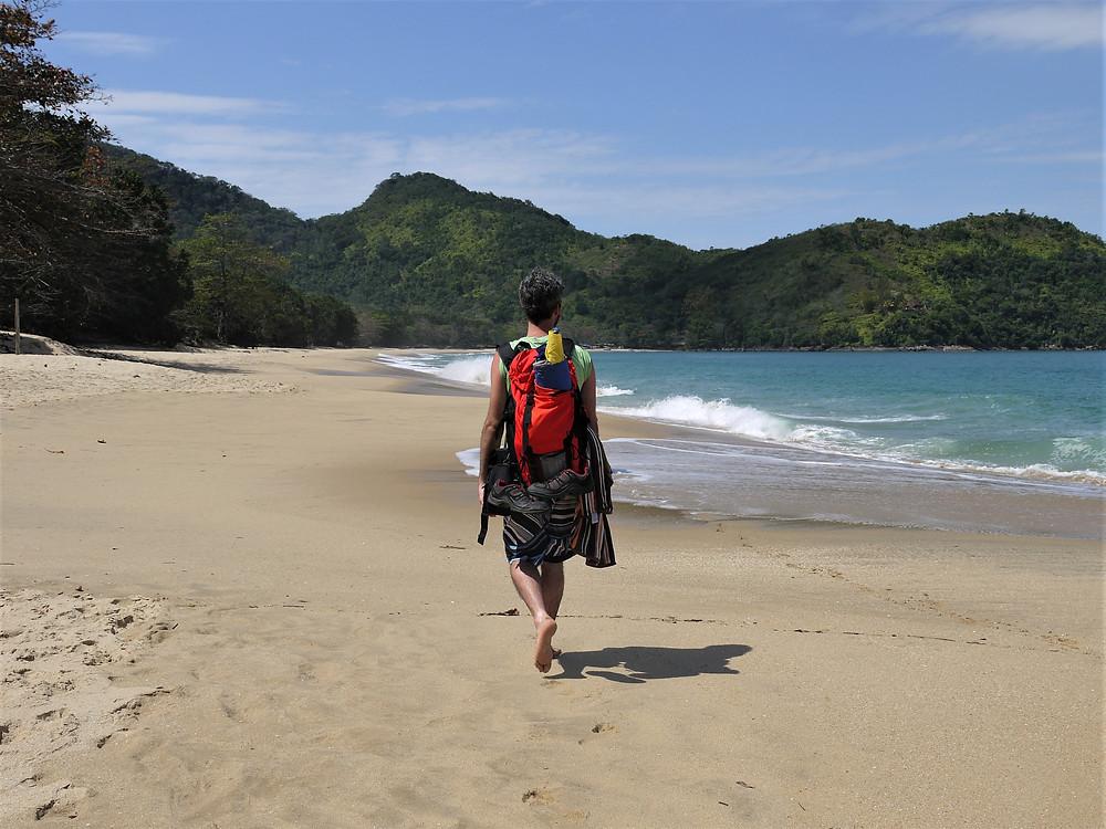 Backpacker budget Brazil litoral