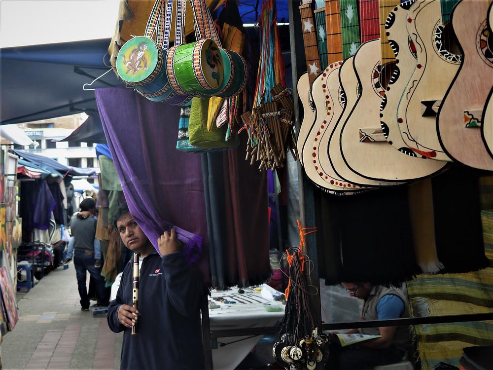 Otavalo Mercado de los Ponchos