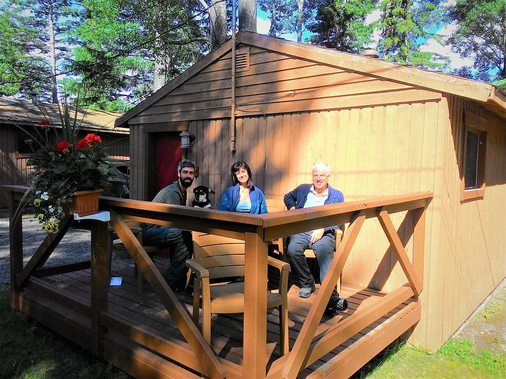 Jasper National Park (Pocahontas Cabins dog friendly