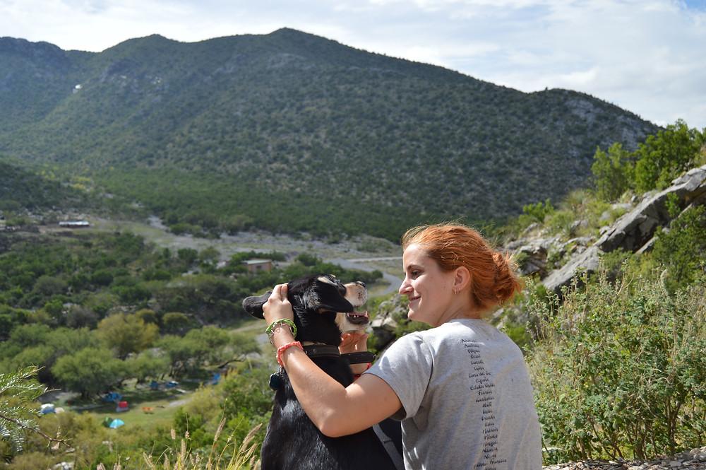 Bustamante Nuevo León con perro