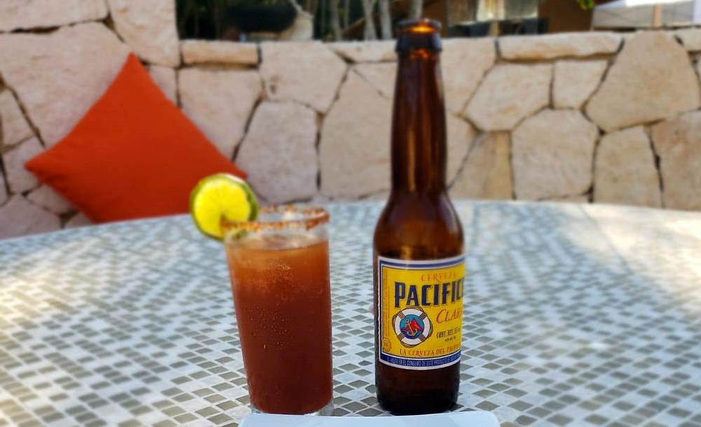 Ojo rojo: beer with clamato