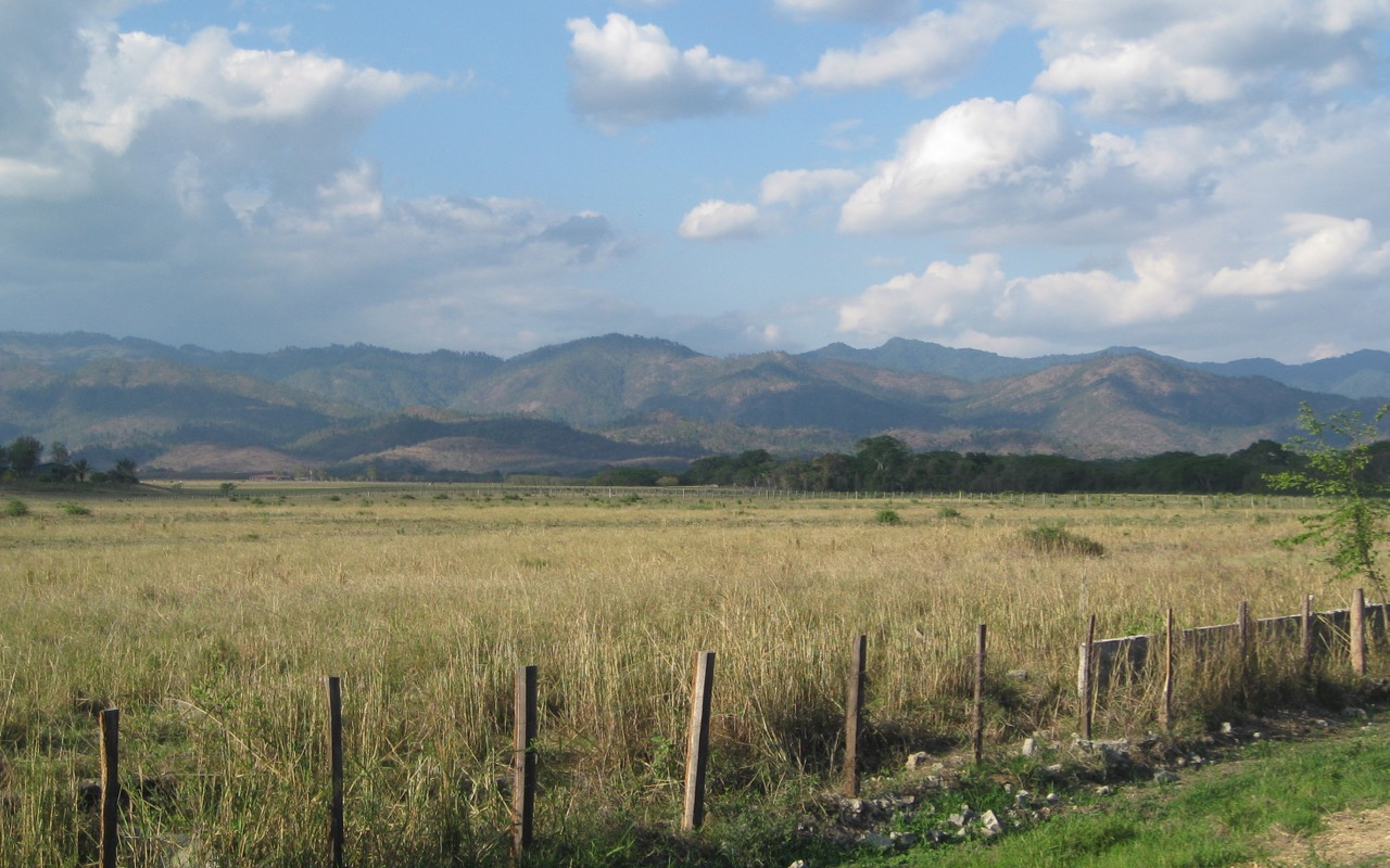 Olancho highway E of Campamento, Honduras