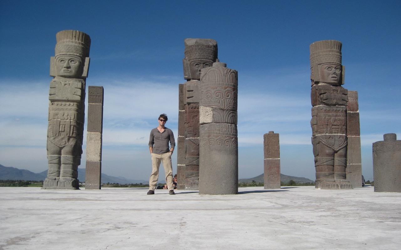 Greg and los Atlantes - Tula, Mexico