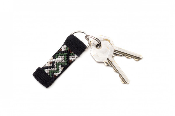 The Knotted Keychain: The Human-Dog Bond Is Finally Complete
