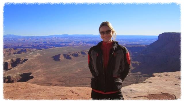 Stylish Jess at Canyonlands