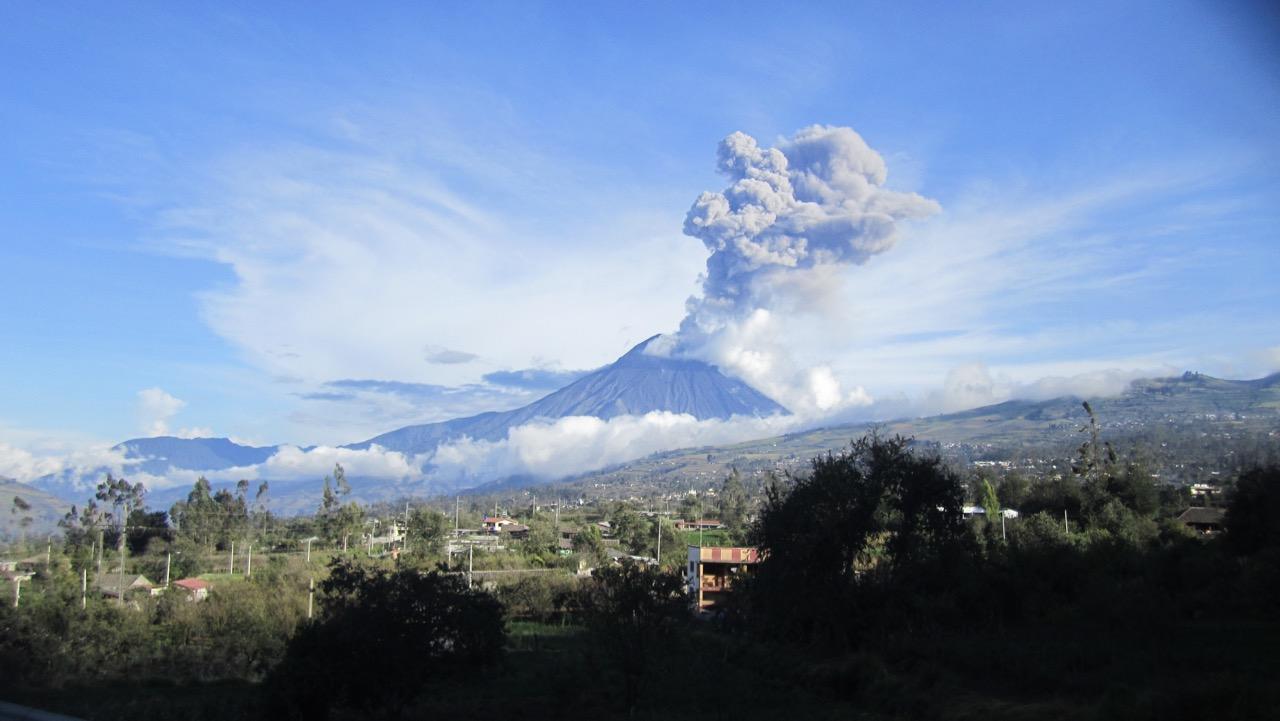 Vulcán Tungurahua-Chimborazo,Ecuador