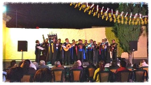 'Músicos' celebrate Día de la Revolución