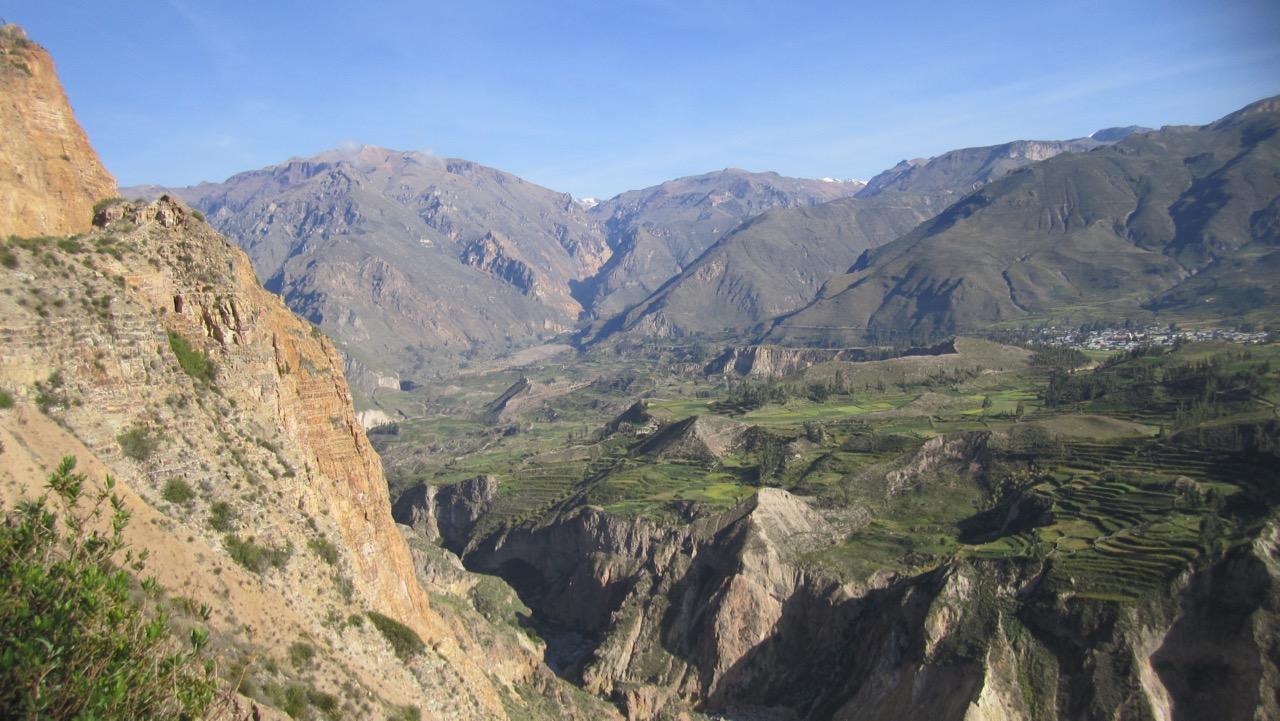 View Colca Canyon road-Arequipa, Perú
